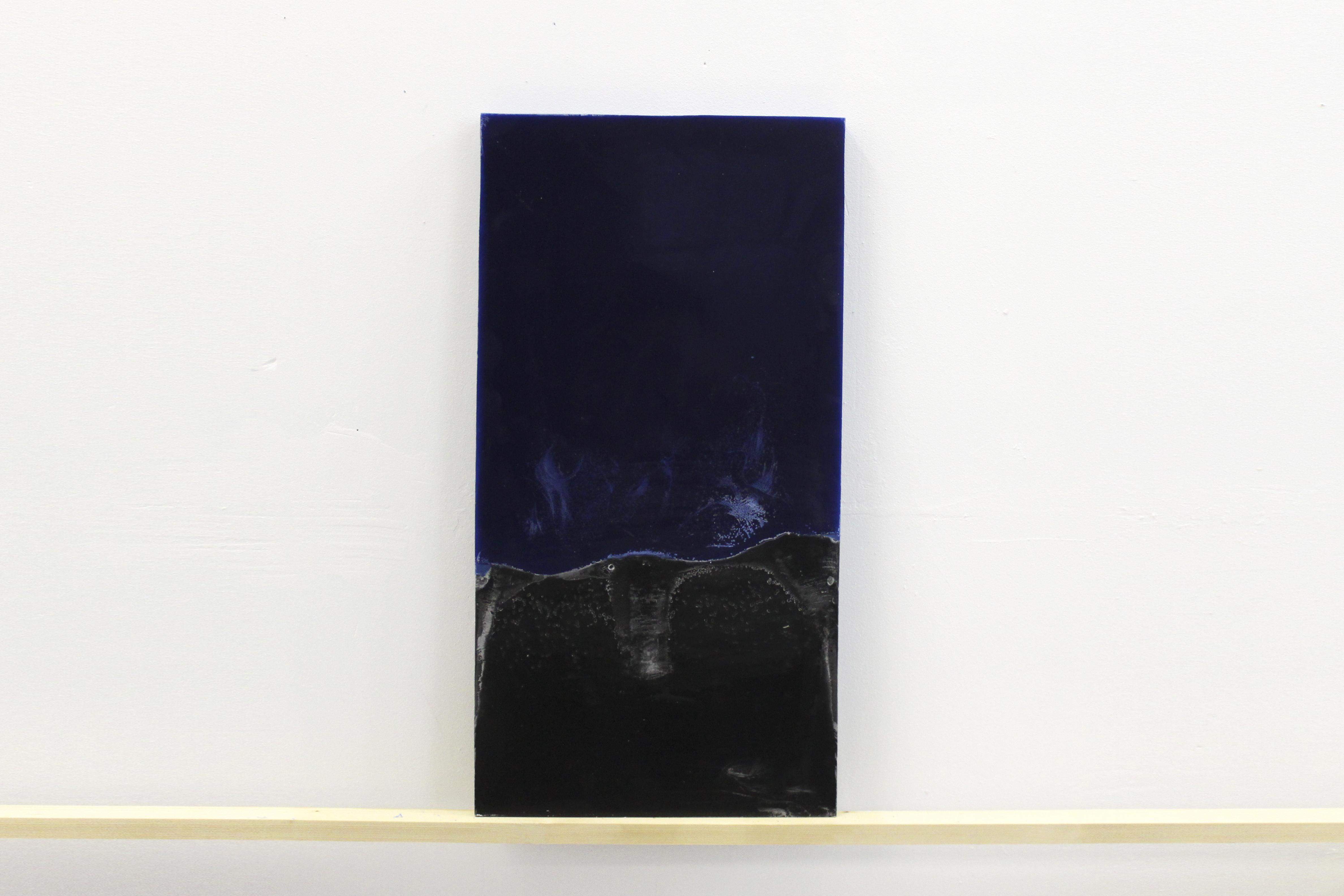 Coline Huger, 2013 - 85 bougies 32x60x3cm - cire, pigments